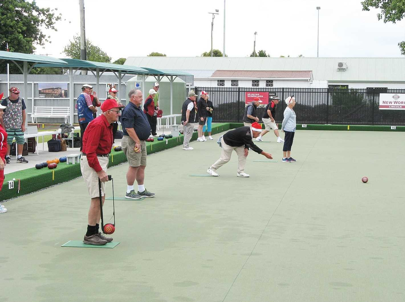 The Christmas Bowls gets underway.