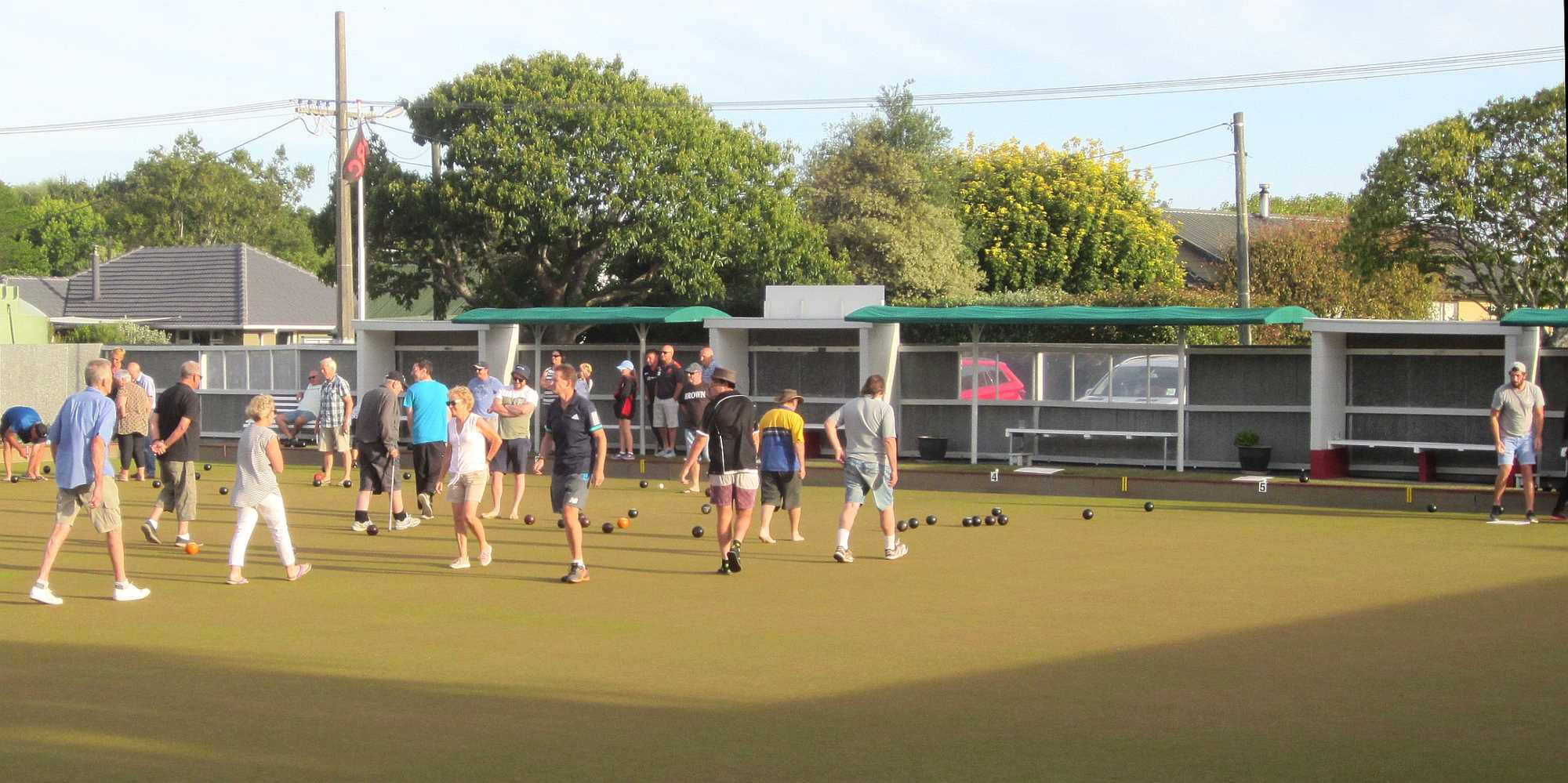 Community Bowls - Lovely weather for evening bowls - 21 Jan