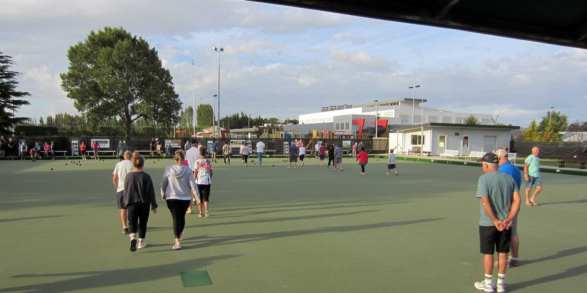 Community Bowls - The evening sun on Green 2 with the Event Centre behind - 21 Jan