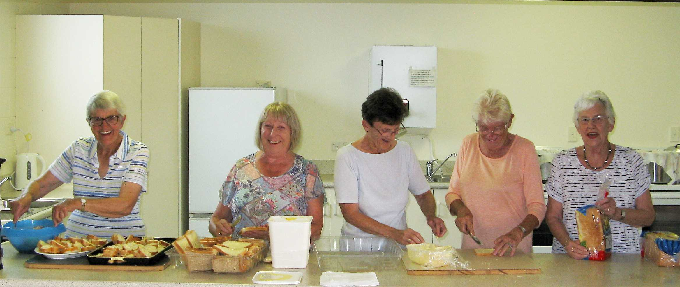 Community Bowls 22 Feb - The Ladies on the Food: Margaret, Bev, Kay, Pauline and Mary